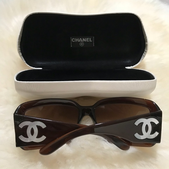 8bed73bbea79 CHANEL Accessories - Chanel mother of pearl CC sunglasses